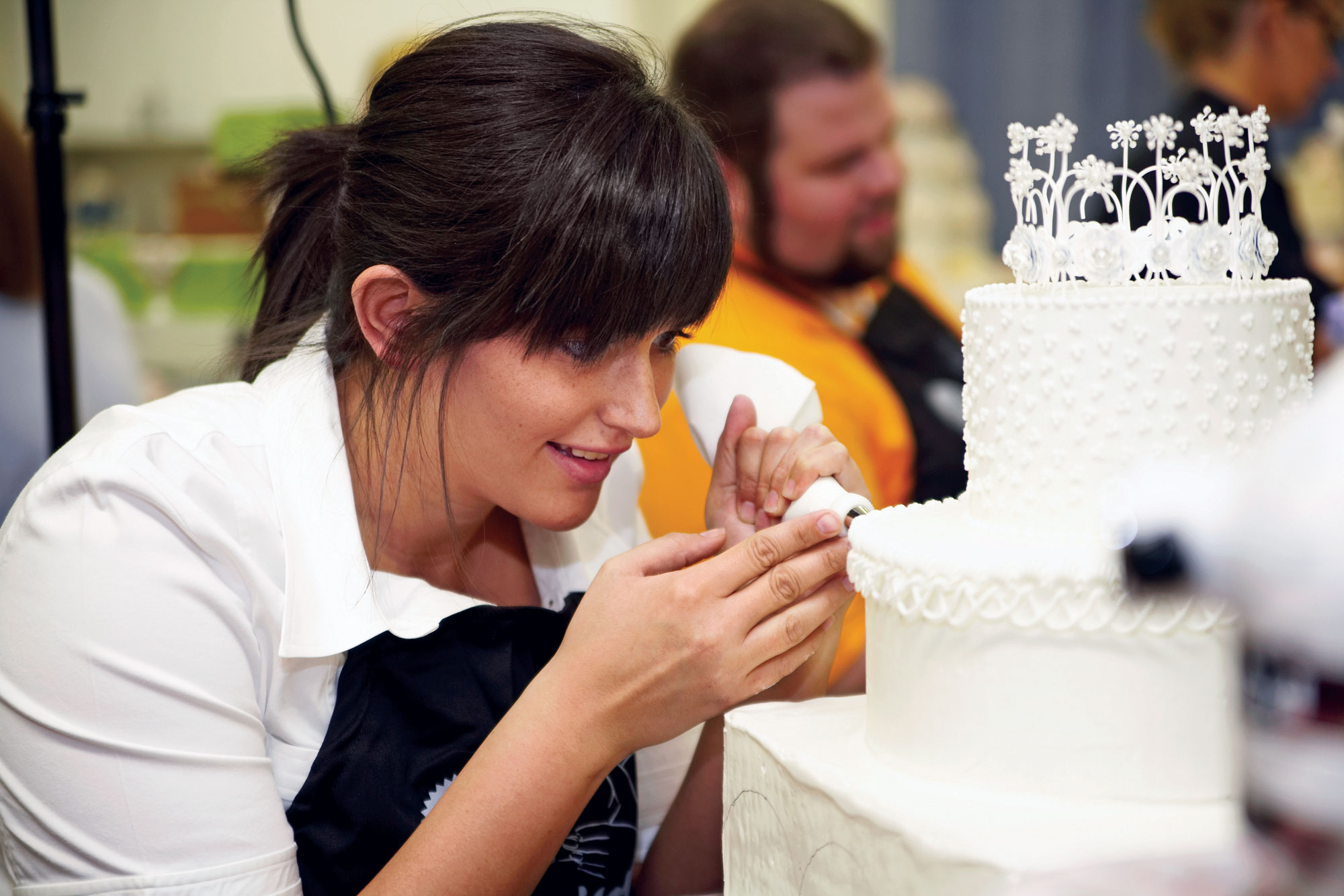 Artistic Cake Design Classes : Pastry Chef & Cake Artist - Doha, Qatar